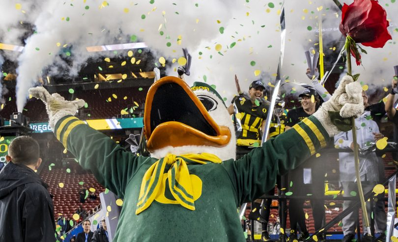 The Oregon Ducks move to the Rose Bowl in our latest bowl predictions